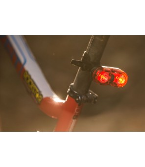Aizmugurējais velosipēdu lukturis Mactronic 18lm Walle